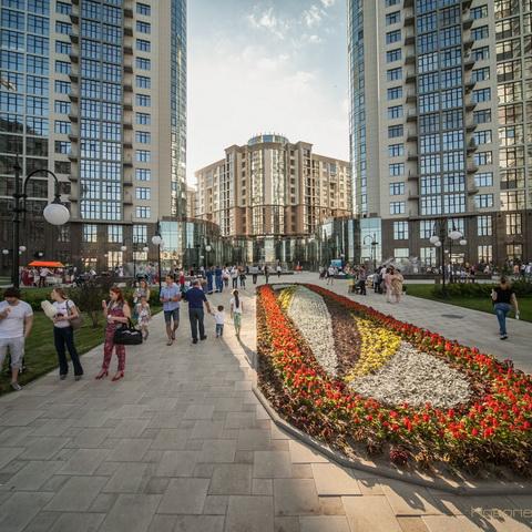«Новопечерські Липки» запрошують орендарів в «Lipskiy Дворик»